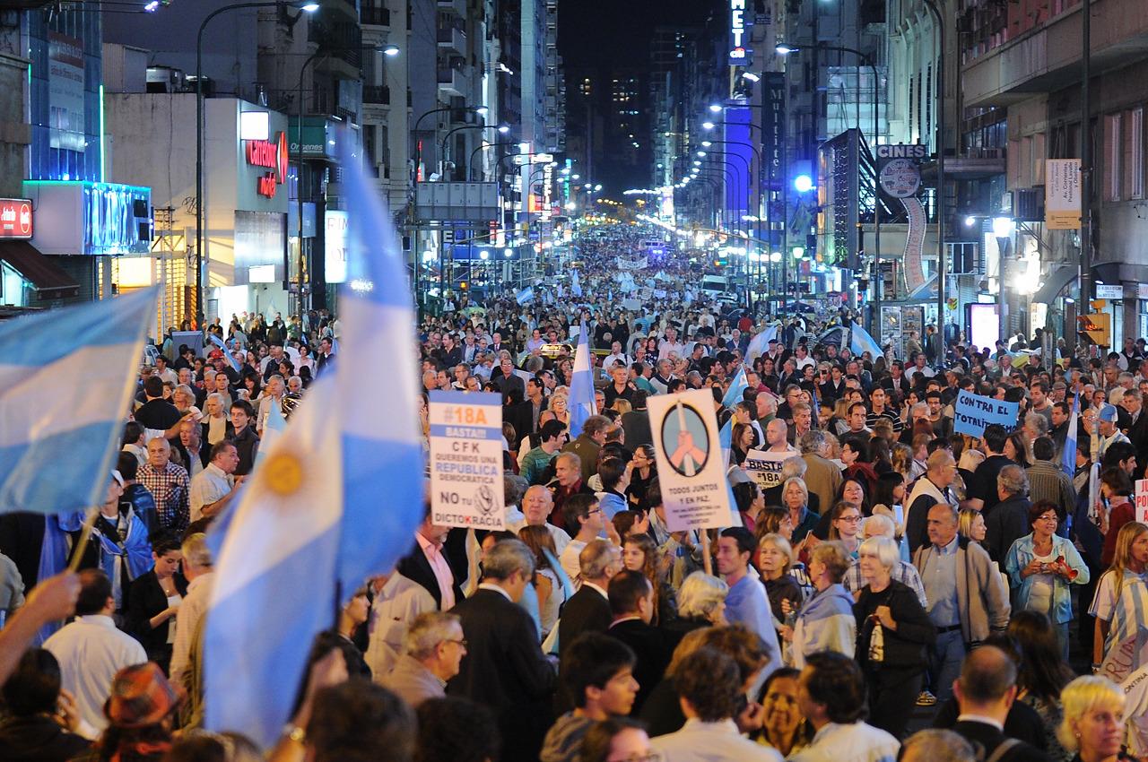 argentina panelaço