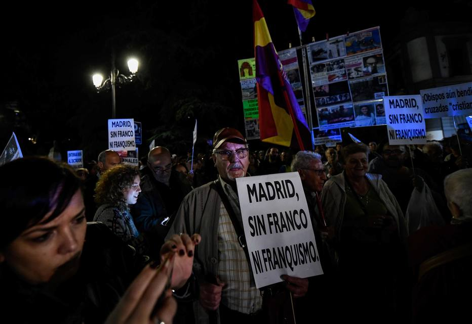SPAIN-HISTORY-POLITICS-DEMO-FRANCO
